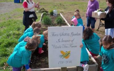 Community Potluck in the Garden part of Go Smart Day – Sunday, June 22